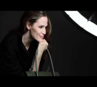 ▶ Max Mara Accessories FallWinter 2013 Campaign starring Jennifer Garner   Behind the scenes