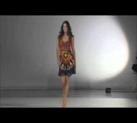 Adriana Lima Desiguals 2014 Fashion Show   Finale