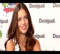 """Adriana Lima: """"No me considero la más sexy del mundo"""""""