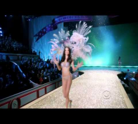 Adriana Lima-SEXY FULL HD 2010 Victorias Secret Fashion Show