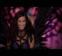 Adriana Lima (She Can Get It) HD