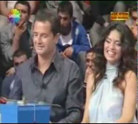 Adriana Lima Varmisin Yokmusun , Acun Ilicali ' nin Yuzuk Hediyesi .