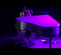 "Alicia Keys en Chile ""Try Sleeping With A Broken Heart-Fallin'"" Set The World On Fire Tour 2013"