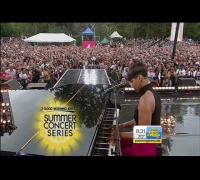 "Alicia Keys   ""Girl On Fire"" on Good Morning America"