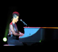 Alicia Keys - If I Ain't Got You 12.09.13 Sao Paulo -Brasil