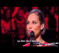 Alicia Keys Interview   piano voix (Intégrale)
