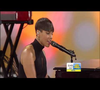 "Alicia Keys   ""Listen To Your Heart & No One""  on Good Morning America"