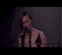 Alicia Keys - Unthinkable (Live at iTunes Festival 2012)