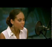 Alicia Keys - Valerie Live (by Amy Winehouse)