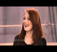 Anderson Surprises Julianne Moore with a Beaver