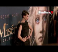Anne Hathaway arrives at 'Les Miserables' New York Film Premiere