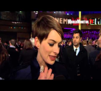 Anne Hathaway interviewed at 'Les Miserables' World Premiere
