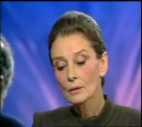 "Audrey Hepburn Interviewed on French Current Affairs TV Show ""Repéres"" (1992)"