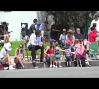 Ben Affleck and Jennifer Garner's PDA at 4th of July Parade