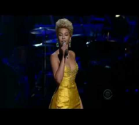 Beyoncé Knowles - At Last HQ (Live Fashion Rocks 2008)