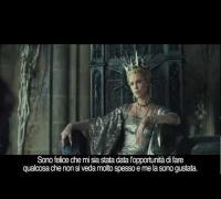 Charlize Theron: la regina cattiva di Biancaneve e il Cacciatore (sottotitoli in italiano)