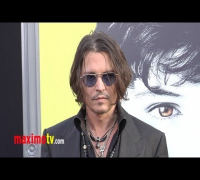 """Dark Shadows"" Premiere ARRIVALS Johnny Depp, Michelle Pfeiffer, Chloë Grace Moretz"