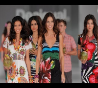 Desfile Desigual con Adriana Lima. Colección Primavera Verano 2014