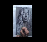 Drawing Doutzen Kroes timelapse, made by Esther Schipper
