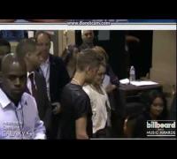 el encuentro entre Selena Gómez y Justin Bieber en los Billboard Music Awards 2013