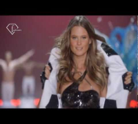 FashionTV | Katy Perry - Spark - Live @ Victoria's Secret 2010 - 2011 ft Akon | FTV.com