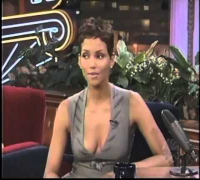 Halle Berry discusses her hit and run accident - 2000