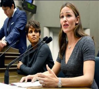 Halle Berry, Jennifer Garner relay paparazzi fears to Congress