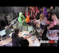 Harlem Shake (Official Celebrity Edition)