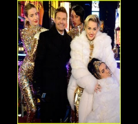 HD Miley Cyrus - Get It Right & Wrecking Ball New Year's Rockin' Eve 2014