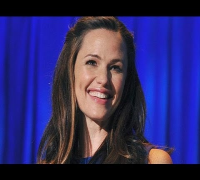 Jennifer Garner on the State of Children, Poverty and Economics in the United States (2012)