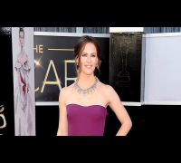 Jennifer Garner's Red Carpet Workout | Get the Bod