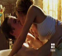 Jessica Alba & Hayden Christensen Use the Force