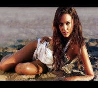 Jessica Alba HOT & SEXY Video - Jessica Alba Sexiest Pictures
