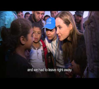 Jordan: Angelina Jolie meets Syrian Refugees at Border