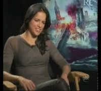 Jornal do SBT entrevista Michelle Rodriguez,Milla Jovovich e Paul Anderson (RE: Retribution)