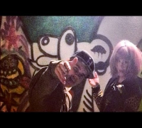 Justin Bieber and Kelly Osbourne Grafitti Together!