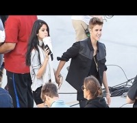 Justin Bieber films Boyfriend Video, Selena Gomez Visits Him!