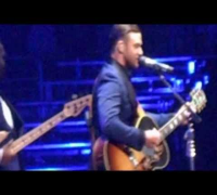 Justin Timberlake Drink You Away Live (Full)