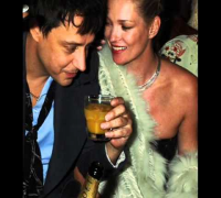 Kate Moss and Jamie Hince - Baby Says