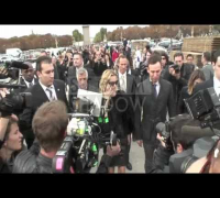Kate Moss Paparazzi madness at Dior Fashion Shaw in Paris