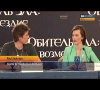 La famosa actriz Milla Jovovich presenta su nueva película en Moscú