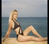 Malin Akerman Shows Off Her Sexy Body