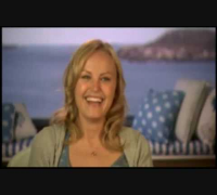 Malin Akerman - The Proposal Clips ( Interview )