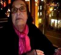 Marion Cotillard et Ginou Richer au café Capucine