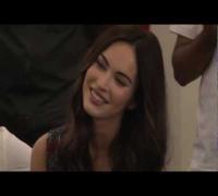 Megan Fox no Brasil - Sambando, rindo, brincando. Perfeita !