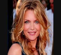 MICHELLE PFEIFFER  - a goddess -  WONDERFUL - sexy - hot - danger -