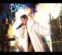 Miley Cyrus - Get It Right & Wrecking Ball New Year's Rockin' Eve 2014 Live HD