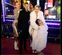MILEY CYRUS Performs for Dick Clark's New Year's Rockin Eve 12/31/13 (VIDEO)