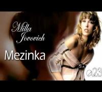 Milla Jovovich - Mezinka