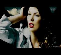 Milla Jovovich ( ¢αυѕє уσυ'яє αмαzιηg )
